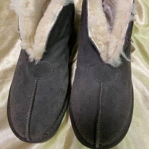 EMU Bootie Slippers Size 5 Chocolate Brown